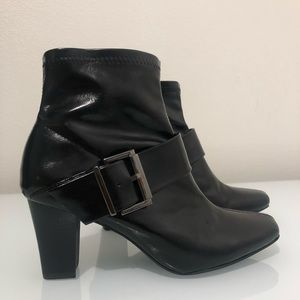 Nickles brand black boots buckle women's size 8